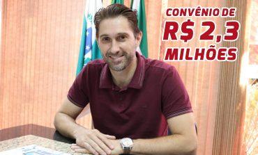 Prefeito de Marechal Cândido Rondon assina convênio de R$ 2,3 milhões com o Ministério do Meio Ambiente