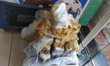 PRE de Assis Chateaubriand prende um e apreende veículo com cerca de 15 quilos de cocaína