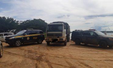 Operação Hórus apreende caminhão carregado com cigarros contrabandeados