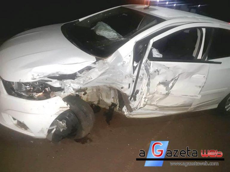 Colisão frontal, hoje (18), envolve dois veículos com três feridos, em Marechal Rondon