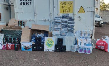 BPFron apreende mercadorias do Paraguai após abordagem a ônibus em Cascavel