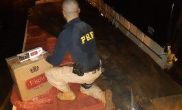 PRF apreende caminhão carregado de cigarros contrabandeados em Guaíra