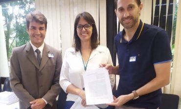 Convênio assinado hoje em Brasília garante mais equipamentos agropecuários para Marechal Rondon