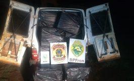 Operação Hórus apreende Fiorino com cerca de 50 caixas de cigarros paraguaios em Pato Bragado
