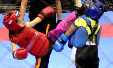 """Vitória Camargo, a """"Princesinha dos Tatames"""", é campeã da Copa América de Kickboxing"""