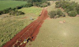 Estrada de Linha Eldorado, em Marechal Cândido Rondon, está sendo readequada