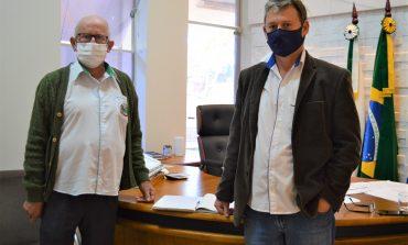 Jones Heiden reassume cargo de prefeito em Entre Rios do Oeste