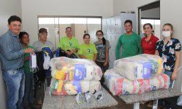 Prefeitura de Nova Santa Rosa entrega cestas básicas para funcionários da Ascarosa