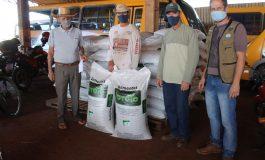 Produtores rurais de Mercedes recebem sementes de aveia