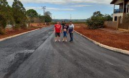 Ruas de Planalto do Oeste recebem asfaltamento