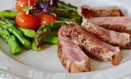 Estudos são realizados sobre efeitos de dietas no combate ao câncer