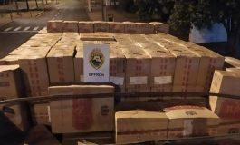 BPFron apreende caminhão carregado de cigarros em Guaíra e causa prejuízo de R$ 770 mil aos criminosos
