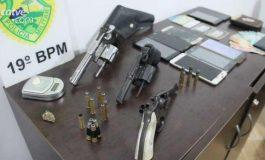 Ponto de tráfico de drogas é fechado em Toledo e armas são apreendidas