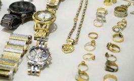 Motorista é assaltado e bandidos levam 3 quilos de ouro em joias, em Palotina