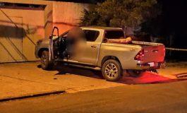 Homem é morto com vários tiros dentro de Hilux na noite de hoje (2) no Jardim Porto Alegre, em Toledo
