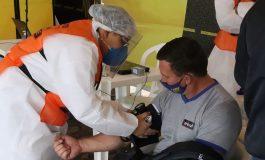 Secretaria de Saúde de Marechal Rondon realiza ações com caminhoneiros no Posto Trovão Azul