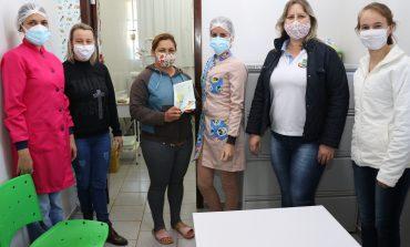 Pato Bragado mantém urgências e emergências odontológicas, e convoca alunos para retirada de kits de escovação