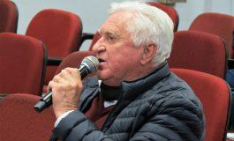 Pedro Rauber solicita pavimentação asfáltica de trecho da Rua 22 de Abril