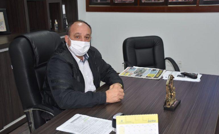Prefeito de Quatro Pontes lamenta decreto estadual e orienta que comércio se mantenha fechado