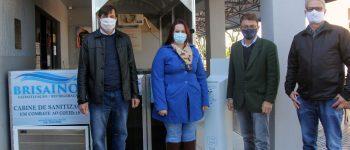 Cabine de sanitização é instalada no Centro de Saúde Lídia Boll, em Nova Santa Rosa