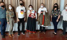 Grupo Folclórico de Dança Alemã Immer Lustig, de Nova Santa Rosa, recebe trajes novos