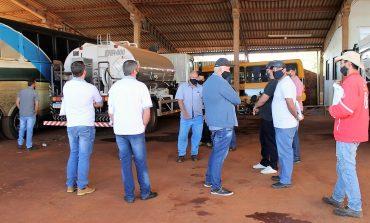 Lindeiros participam de treinamento para operacionalização de kits asfálticos
