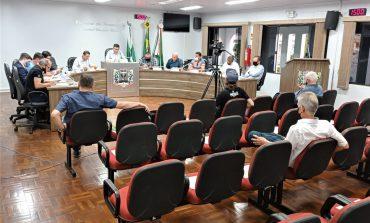 Projeto para reduzir taxa de iluminação pública em Marechal Rondon é retirado de pauta por duas sessões