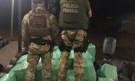 Operação Hórus apreende embarcação carregada com cigarros paraguaios em Guaíra