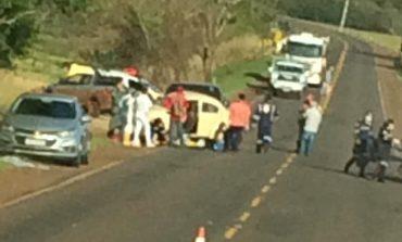 Condutor de Fusca morre em colisão com caminhonete na PR-082, na manhã de hoje (1)
