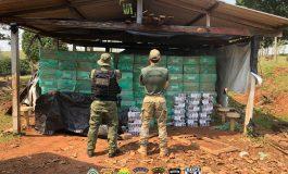 Policiais da Operação Hórus fazem nova apreensão milionária de cigarros, agora em uma propriedade rural