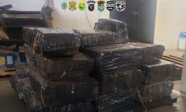 Operação Hórus apreende carro e lancha com cerca de 570 quilos de maconha em Pato Bragado