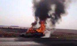 Del Rey fica destruído pelo fogo na rodovia próximo a Candeia, em Maripá