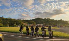 Após saque de carga e vilipêndio de cadáver, indígenas interditam rodovia no PR e atacam policiais