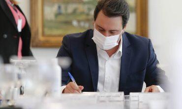 Governo do Paraná prorroga o 'toque de recolher' mas libera os dias 31 e 1º