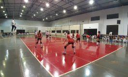 Municipal de Voleibol de Quatro Pontes se encaminha para a semifinal