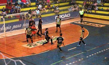 Estofaria Friedrich vence o primeiro jogo da final do municipal de Futsal masculino de Nova Santa Rosa