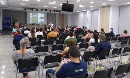 """Palestra sobre """"Empreendedorismo e criatividade nos novos tempos do mercado"""" é realizada na Acimacar"""