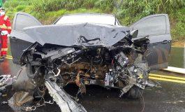 Colisão lateral e frontal na BR-277, nesse domingo (17), com três carros, deixa quatro feridos, um em estado grave