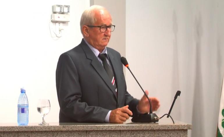 Maldaner e Schaefer são empossados como prefeito e vice em Entre Rios do Oeste; Valdeir Sales é o presidente da Câmara