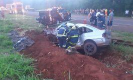 Condutor morre após colisão entre dois veículos em Corbélia, na BR-369, no final da tarde de hoje (15)