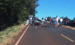 Jovem morre em colisão frontal entre carro e caminhão na PR-475, no Sudoeste do Paraná